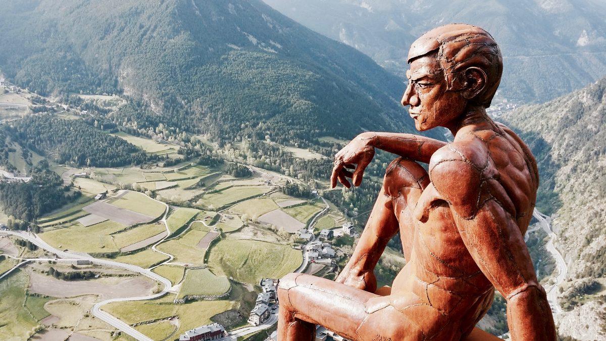 uitkijkpunt Andorra bij Pyreneeen autoreis Dolf Dekking driving events