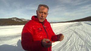 dolf dekking in de sneeuw in noorwegen